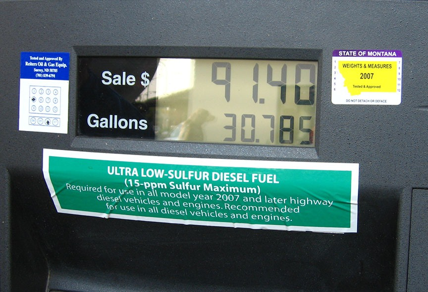 The fuel pump reads $91.40 and 30.785 gallons pumped